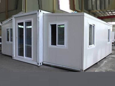 Pacific Portable Structures Expanding Storage and Cabins